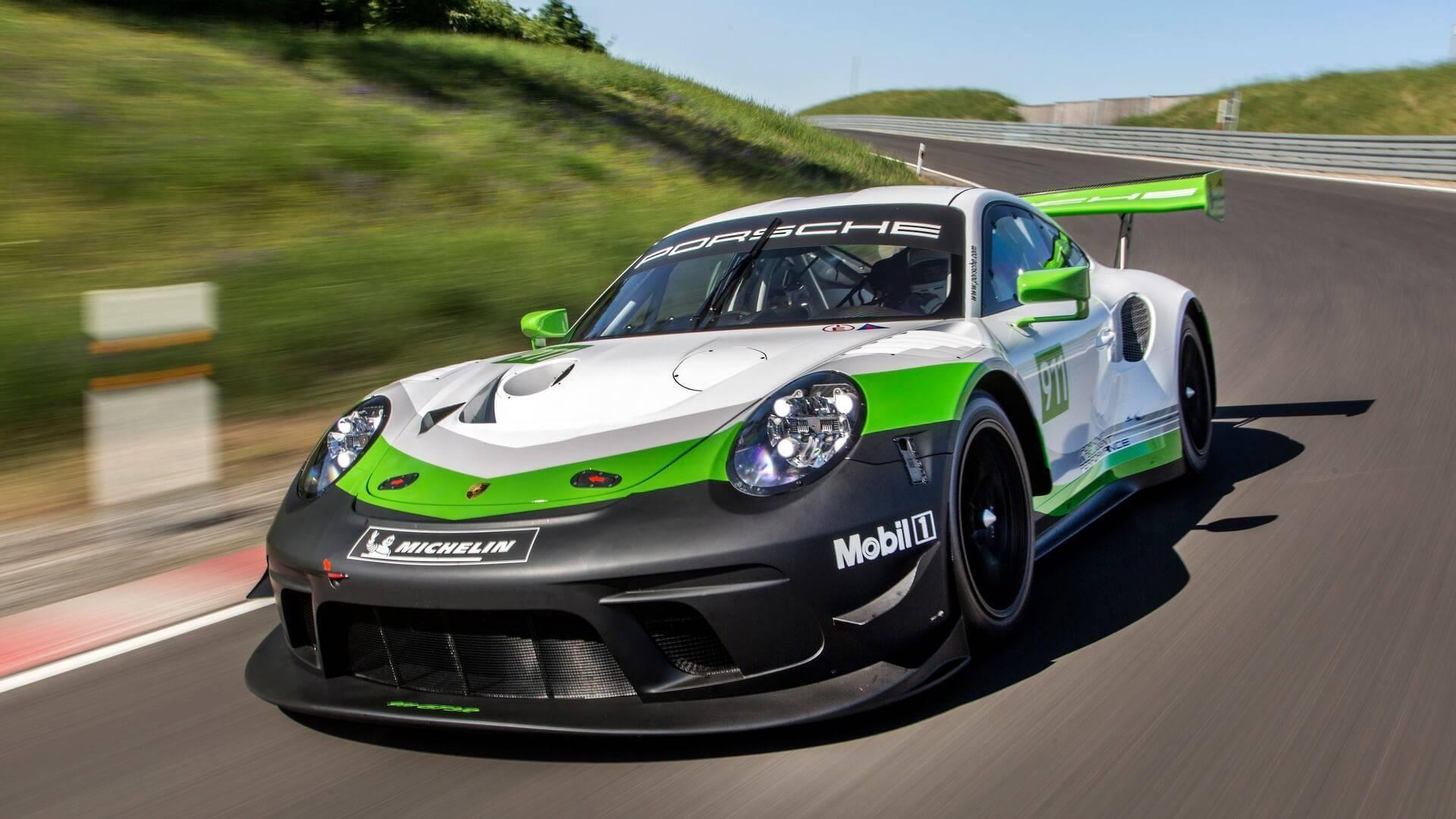 Официально представлен новый трековый спорткар Porsche 911 GT3 R