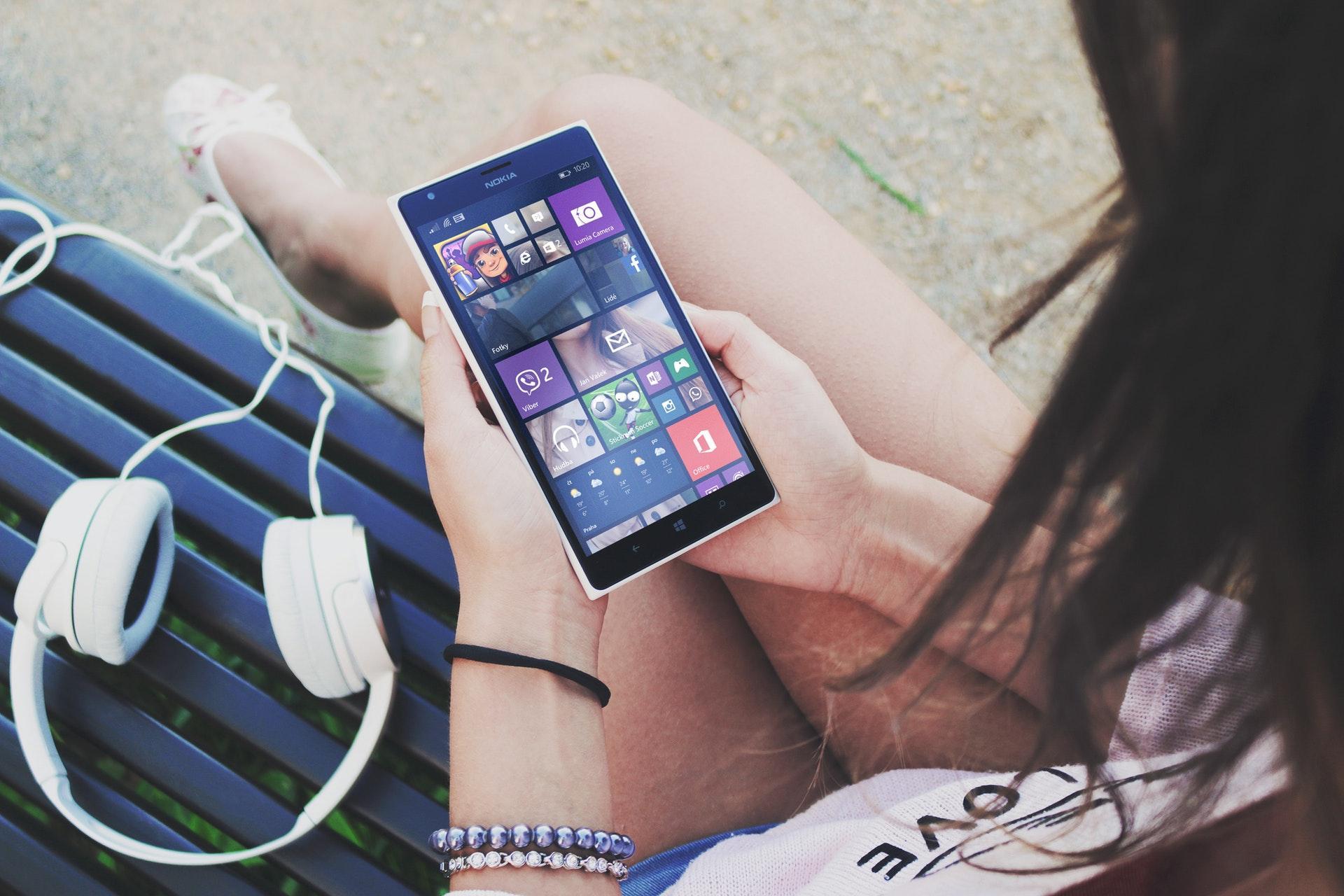 Windows 10 запустили на телефоне