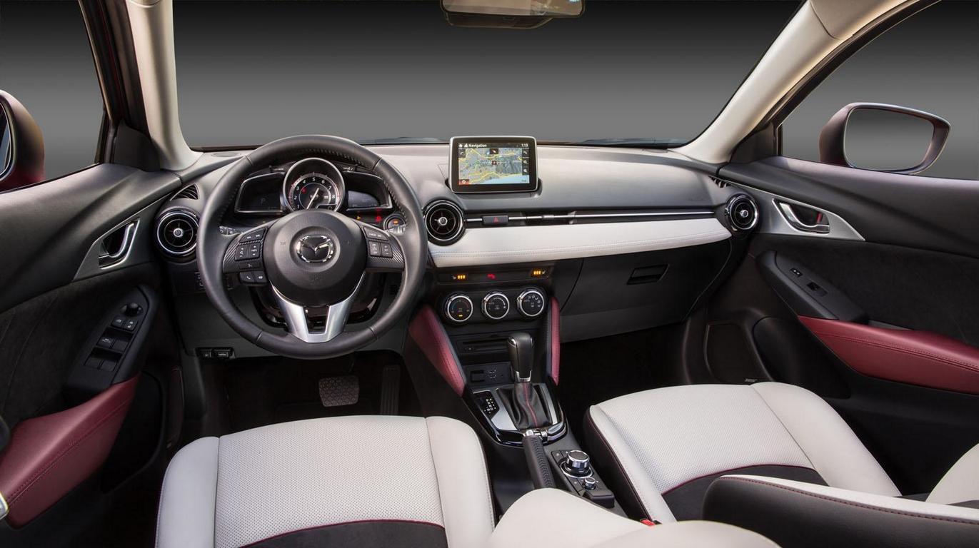 Улучшенный кроссовер Мазда CX-3 получил новый 116-сильный дизель