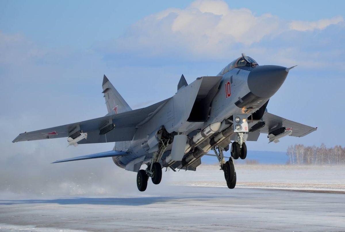 Истребитель Миг-31 сгорящим мотором  попытался взлететь вПрикамье
