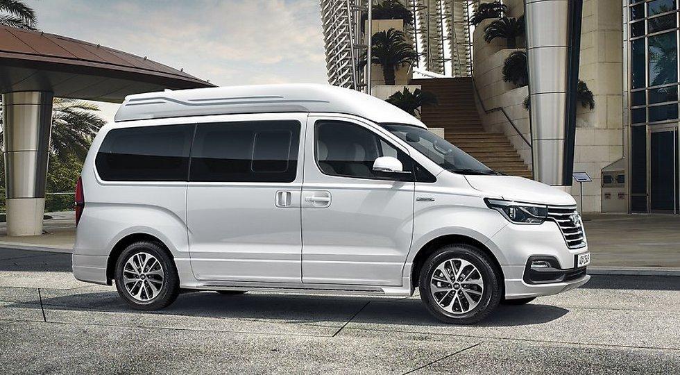 Минивэн Хендай Starex получил очаровательную версию Limousine