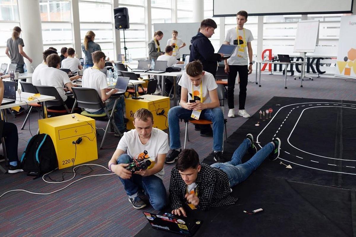 «Яндекс» начал торговать цифровую наружную рекламу