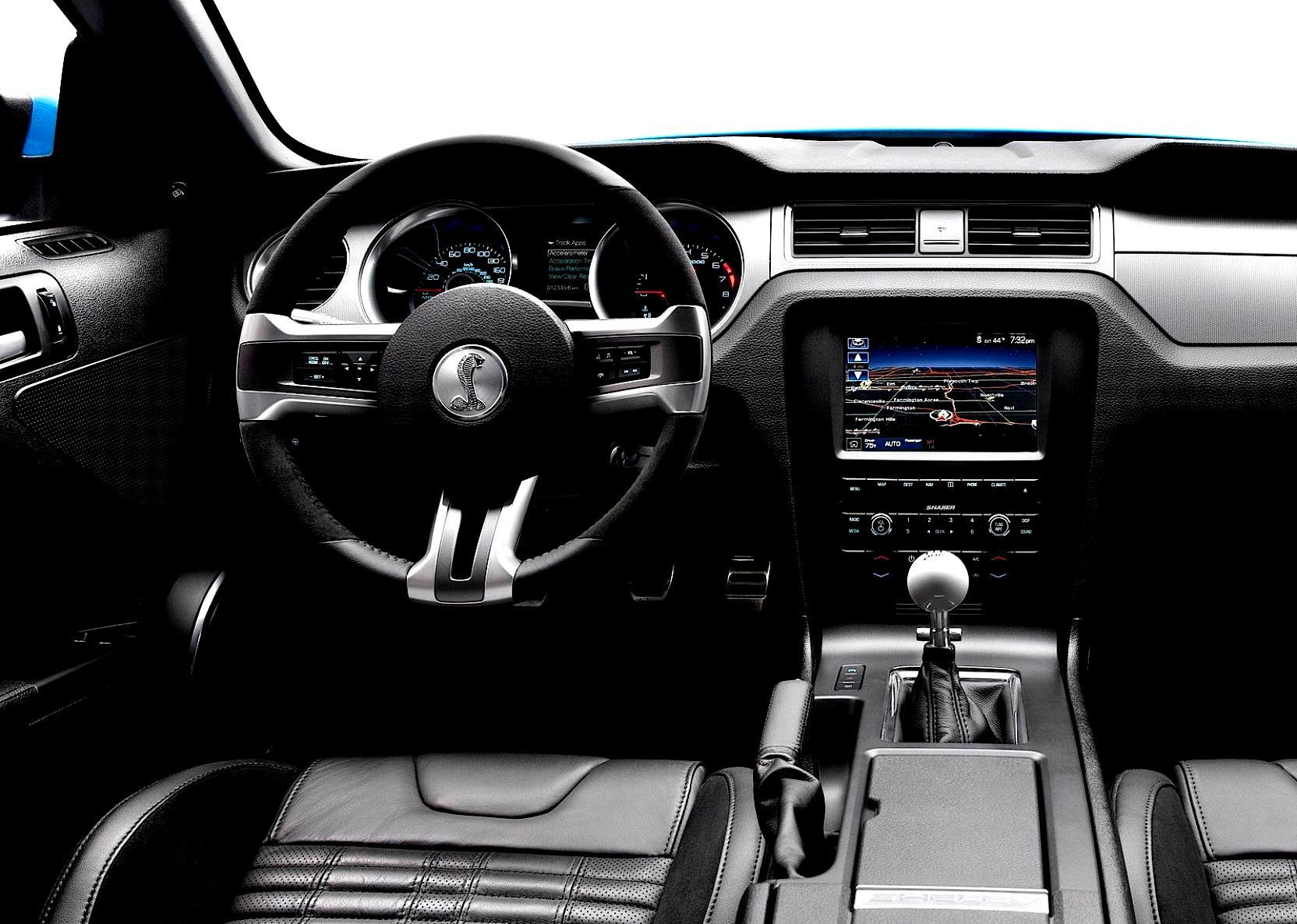 Форд обнародовал тизер нового Mustang Shelby GT-500