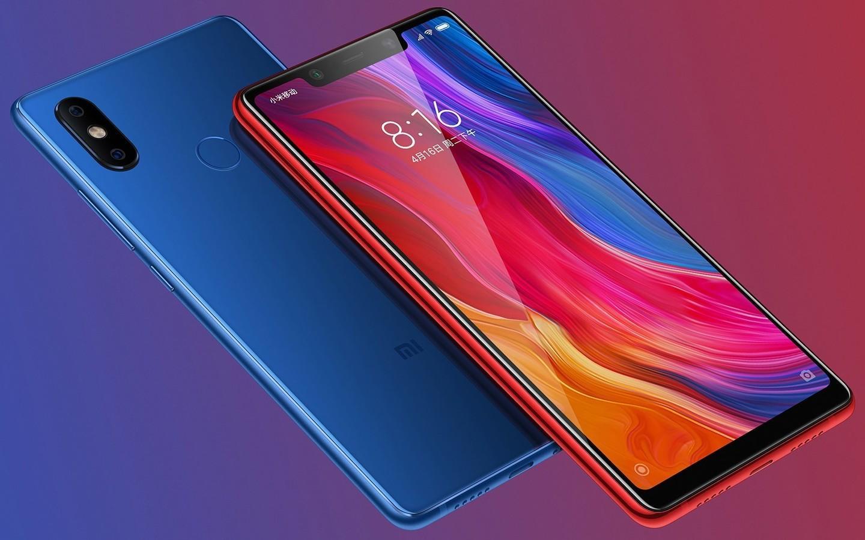 Xiaomi презентовала Mi Band 3 и «клон» iPhone