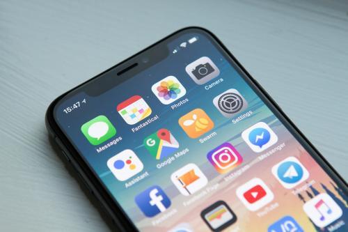 Apple iPhone X стал самым продаваемым смартфоном 2018 году