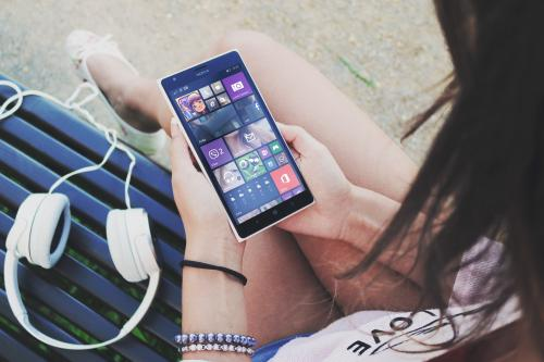 Windows 10 для смартфонов показали на видео
