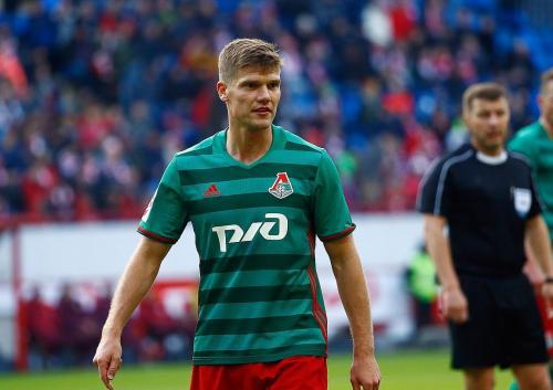 Скучает по «Зениту»: Игорь Денисов раздумывает об уходе из футбола