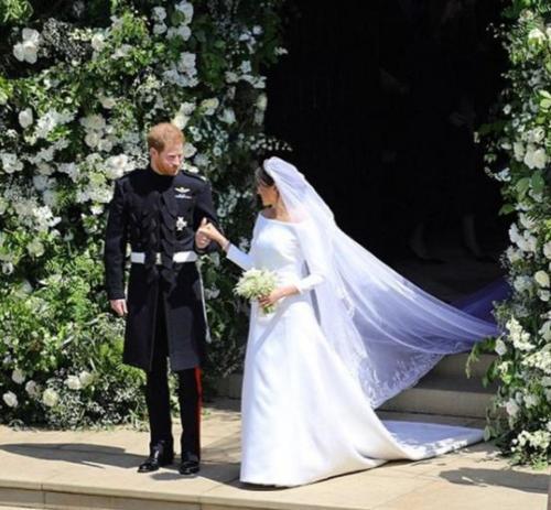 Конфуз на королевской свадьбе: Бекхэм и принцесса Беатрис жевали жвачку