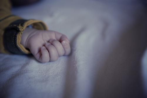 В Астраханской области от ожогов умер 10-месячный малыш