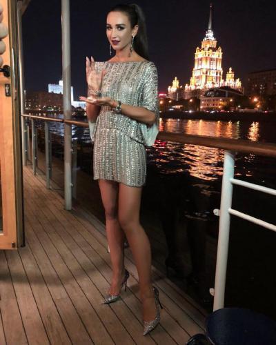Бузову признали самой стильной девушкой России