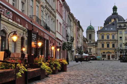 Во Львове стал популярен секс-туризм