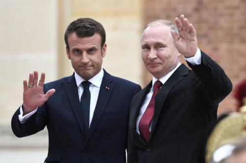 В Сети опубликовали меню Путина и Макрона