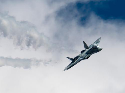 Эксперт из США сравнил Су-57 и китайский J-20