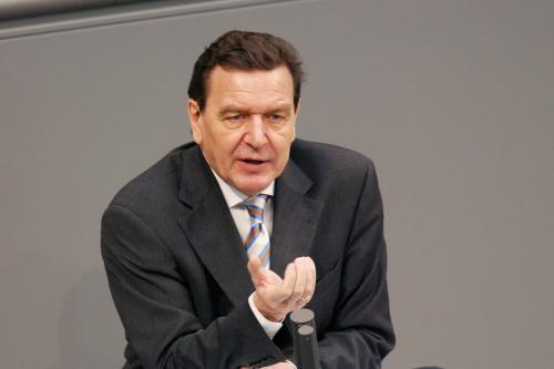 Шредер объяснил, кто хочет помешать строительству «Северного потока–2»