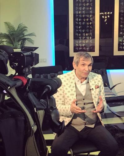 Бари Алибасов устроил сенсационный скандал на шоу «Привет, Андрей»