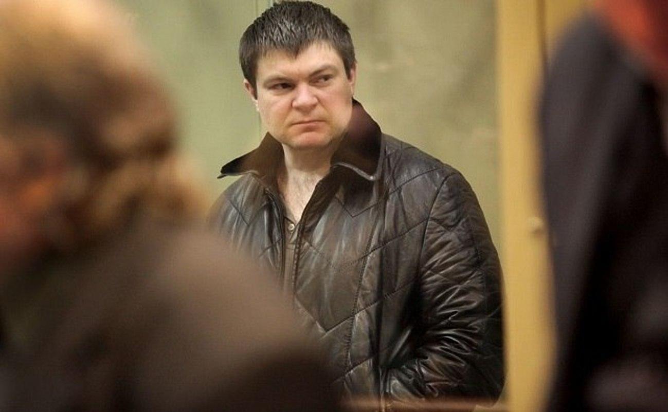 Суд вернул супруге главаря кущевской ОПГ особняк и«Порше»