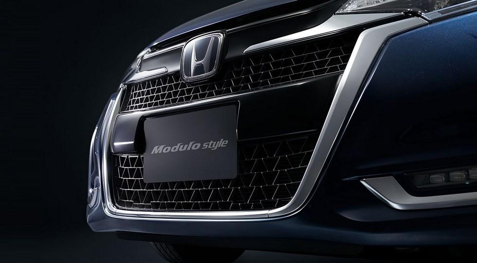 Компания Хонда готовится представить новейшую версию хетчбэка Fit Modulo Style