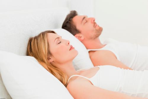 Порно групповой секс с моей женой порно онлайн пальцем довел оргазма