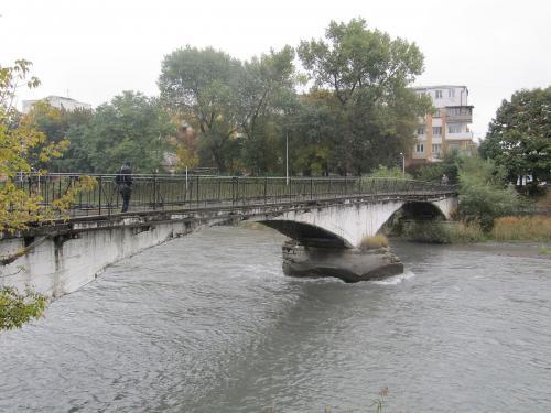 Во Владикавказе отремонтируют Чугунный мост за 5 млн рублей