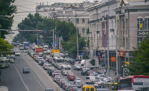 «Яндекс» назвал топ-5 самых длинных пробок в Ростове на прошедшей неделе