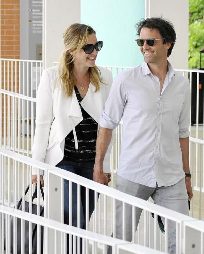Кейт Уинслет отправилась на романтические выходные в Венецию