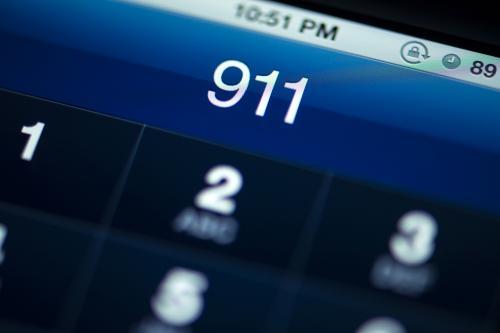 iPhone раскроет при звонке в службу «911» данные о местоположении пользователя