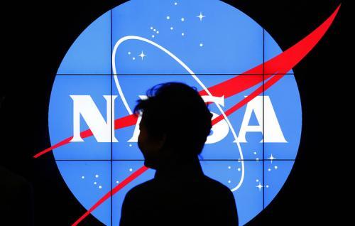 NASA: Космический мусор будет вставать на пути спутников каждые 5-9 лет