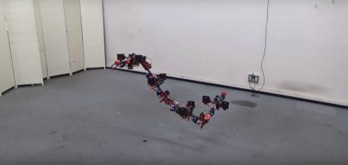 Учёные создали дрона-гусеницу
