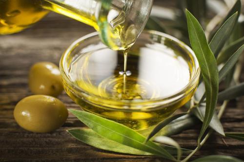 Ученые: Употребление оливкового масла может спасти от рака