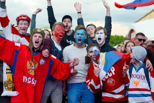 Футбольные фанаты увидят ЧМ на ипподроме в Москве
