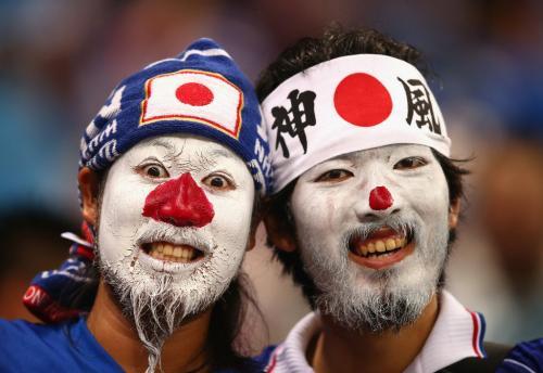 Японские болельщики приехали в Россию не с пустыми руками