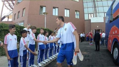 «Мы болеем за вас»: Юниоры «Тотема» пожелали победы сборной России в матче с Уругваем