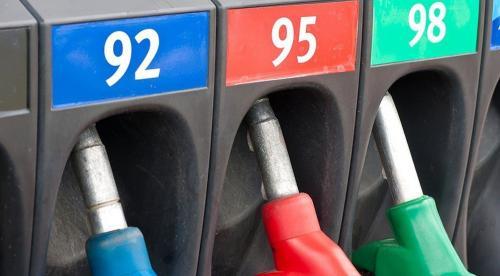 Эксперты объяснили, почему нельзя заправлять машины 92-м бензином