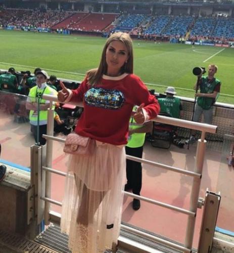 «Нужно выгулять грудь»: Лена Миро унизила Викторию Боню с сосками