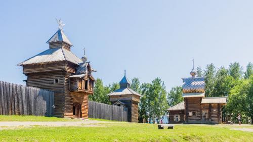 В иркутском музее «Тальцы» молния ударила в часовню