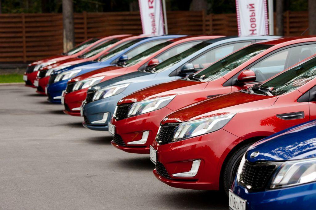 Спрос на русском рынке автомобилей все еще продолжает расти