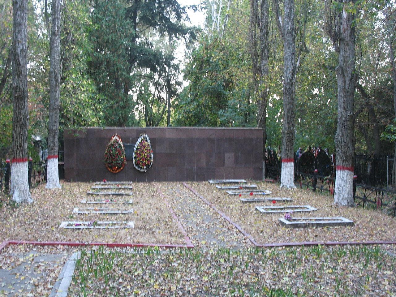 Вандалы повредили мемориал советским военнопленным, погибшим насевере Норвегии