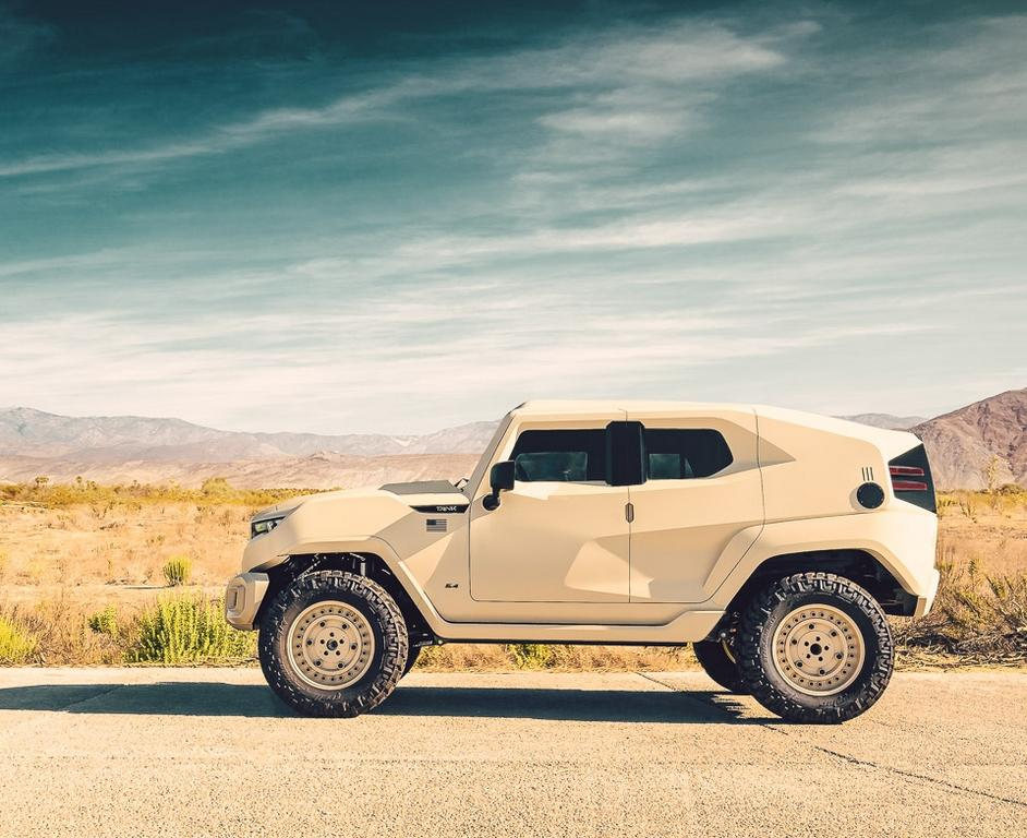 Вседорожный автомобиль Rezvani Tank представили ввоенной версии