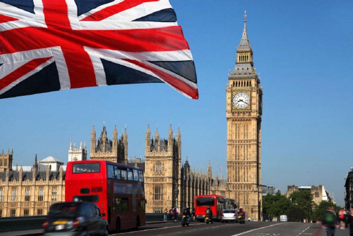 Британский министр ушел вотставку из-за развратных заявлений вweb-сети