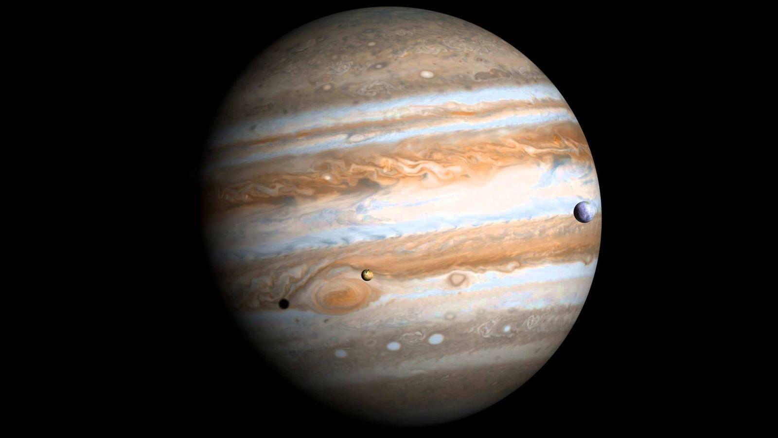 Ученые нашли 12 новых спутников Юпитера