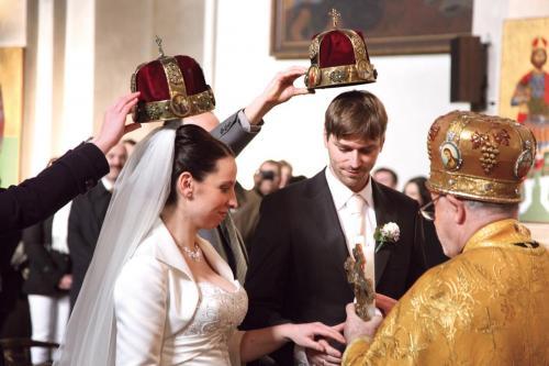 В РПЦ на фоне ЧМ-2018 не советуют вступать в брак с иноверцами