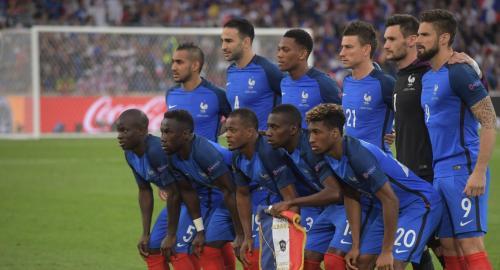 Футболисты сборной Франции в раздевалке скандировали фамилию президента России
