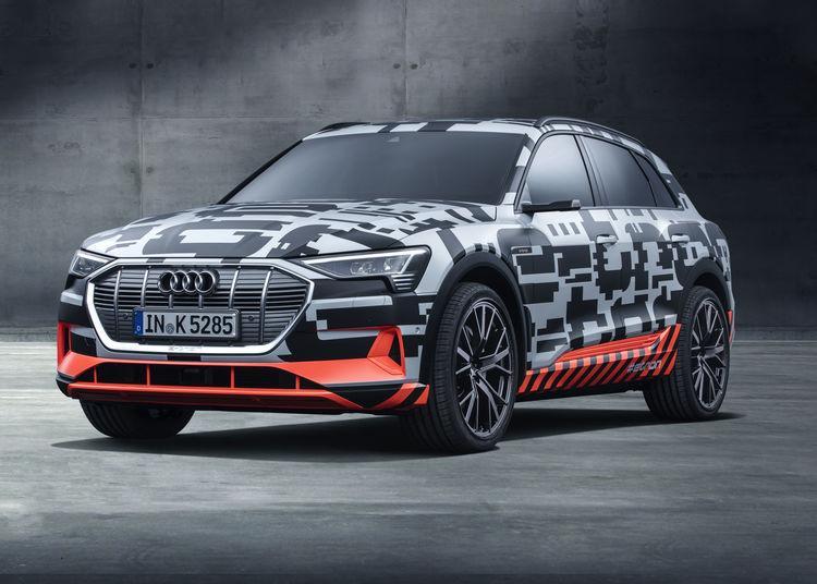 Электрокар Audi e-tron похвастал силовой установкой