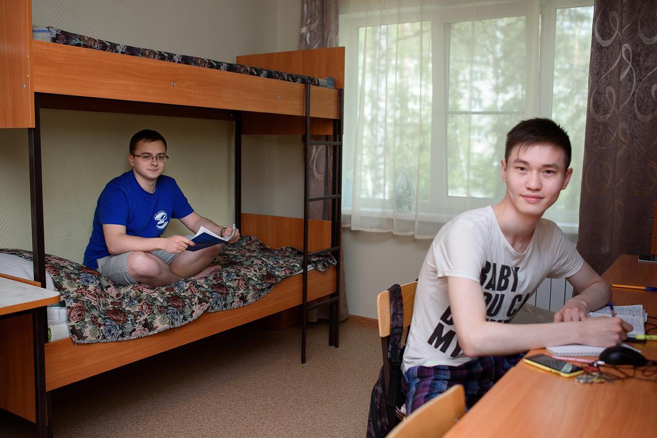 Секс студентов в общежитии, Русское порно в общаге - секс студентов в общежитии 22 фотография