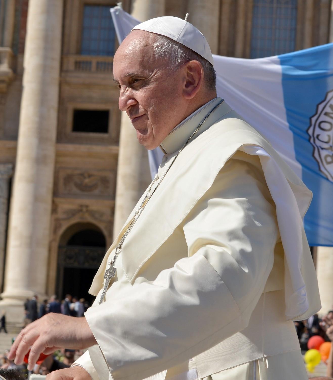 Папа Римский вИрландии признал несостоятельность церкви вборьбе спедофилией священников