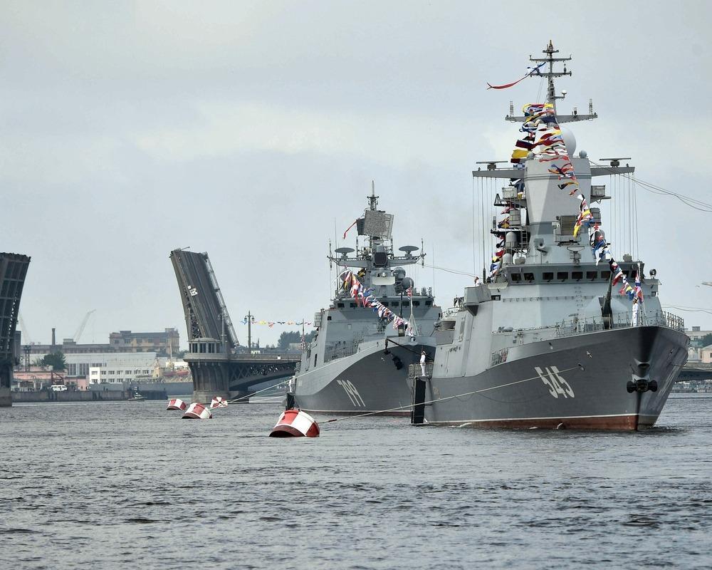 НАТО сочло значительной российскую эскадру уберегов Сирии