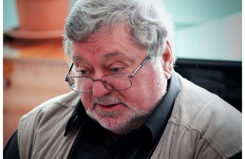 После скандального увольнения в Новосибирске Мездрича пригласили в Москву в «Практику»