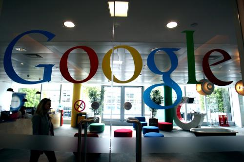 В Google признали, что тайно следят за пользователями