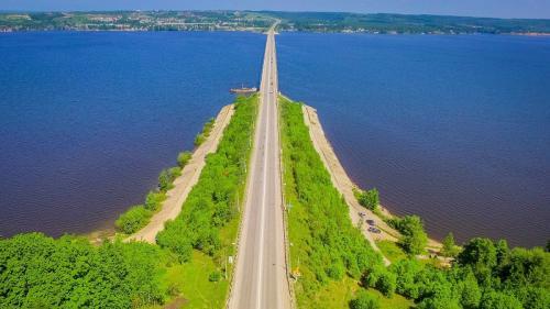 Начало строительства моста через реку Чусовая в Перми