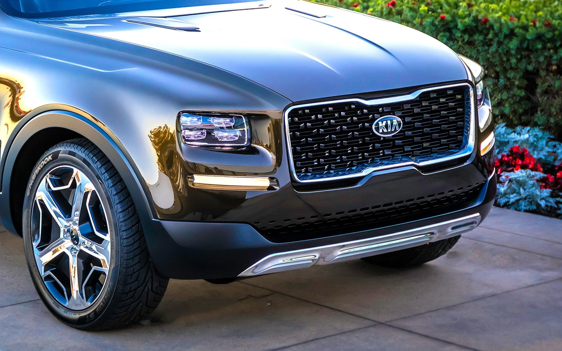 Серийный вседорожный автомобиль Кия Telluride замечен без камуфляжной защиты